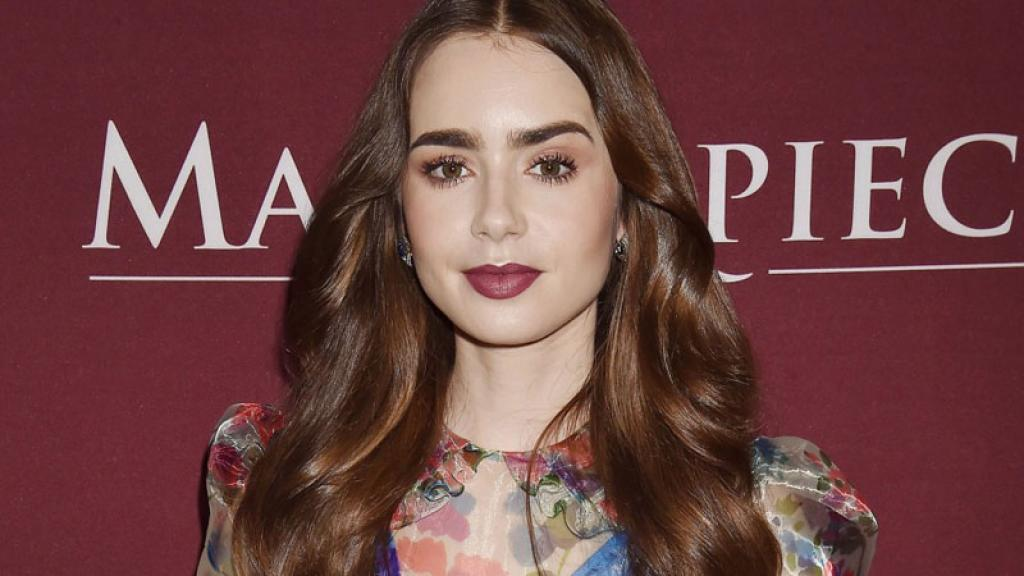 lily collins compromiso